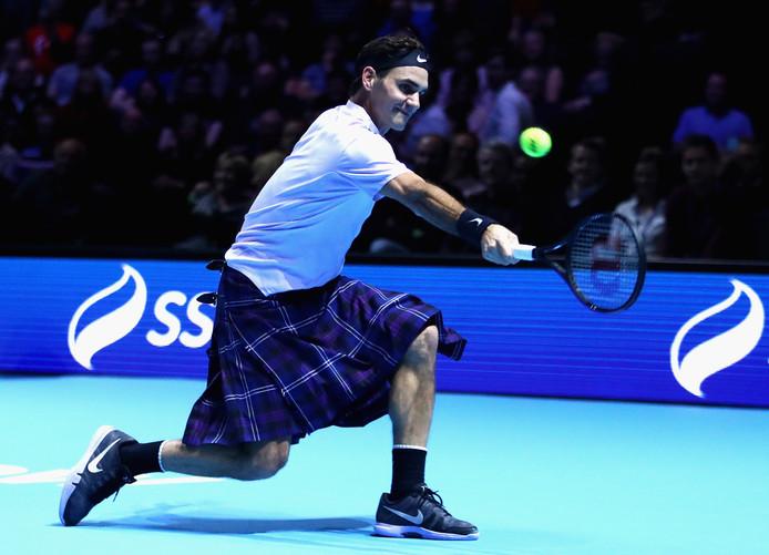 Roger Federer speelt in een kilt.