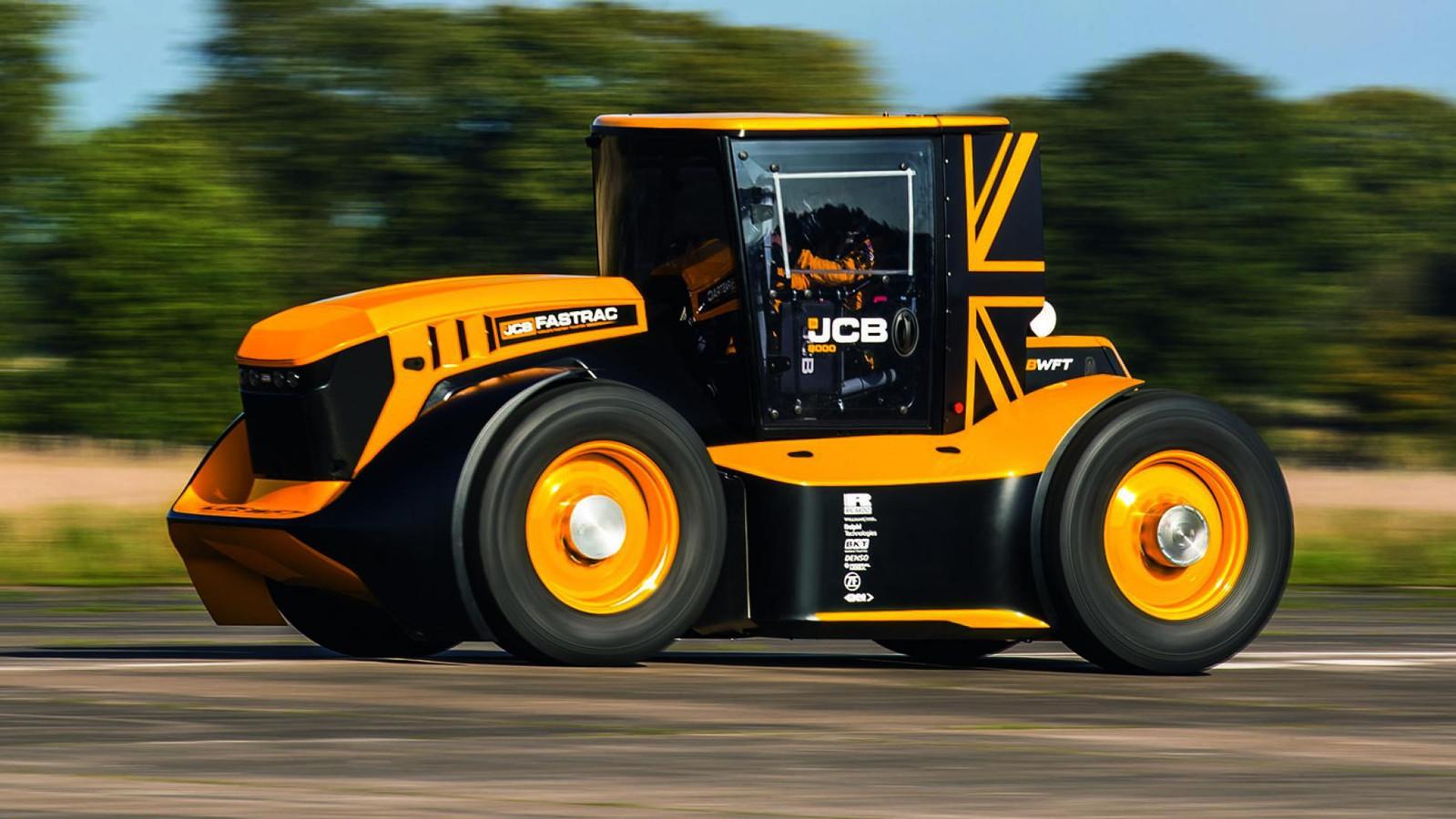 De JCB Fastrac Two mag zich de snelste trekker ter wereld noemen.