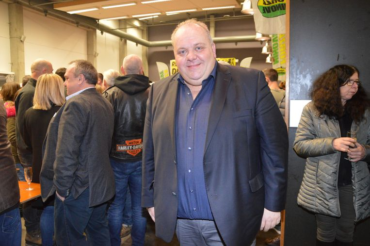 Guy D'haeseleer van Forza Ninove op de nieuwjaarsreceptie van zijn partij.