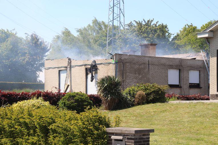 De woning werd bijna volledig verwoest.