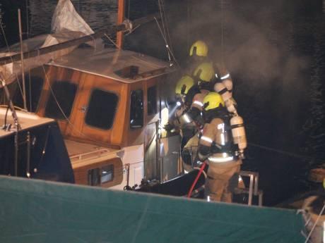Brand aan boord van schip in Tholen
