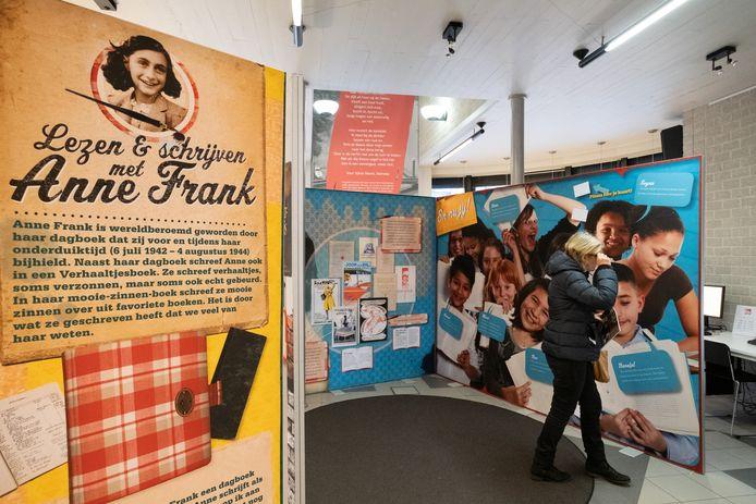 De tentoonstelling over Anne Frank loopt in de bib van Sint-Amands.