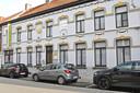 Het statige gebouw in de Koningin Fabiolastraat 41.