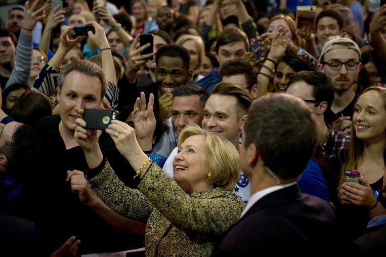 Hillary Clinton tijdens haar campgagne in Pittsburgh. Beeld null