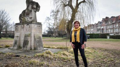 Ros Beiaardbeeld in Bruyninckxpark krijgt grondige opknapbeurt