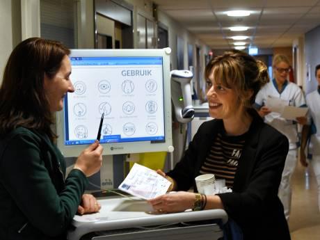 Makkelijke plaatjes in plaats van moeilijke praatjes: ziekenhuis gaat taboe rond laaggeletterdheid te lijf