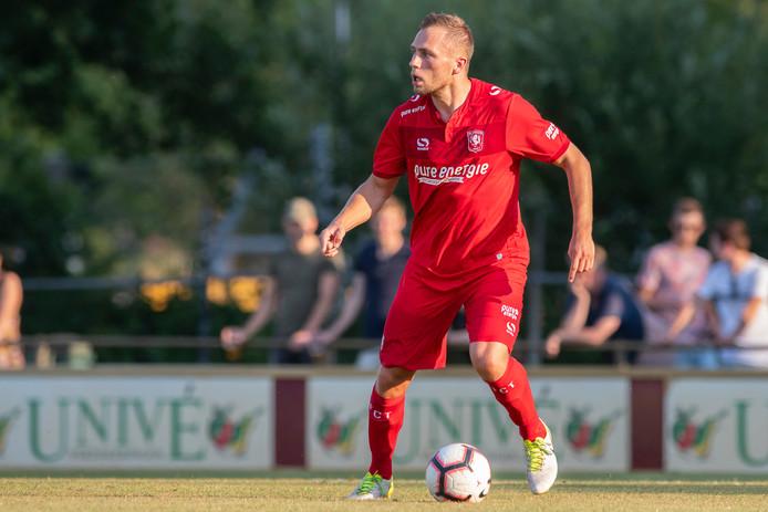 Door der schorsing van Cristian Gonzalez staat Xandro Schenk vrijdag bij FC Twente in de basis.