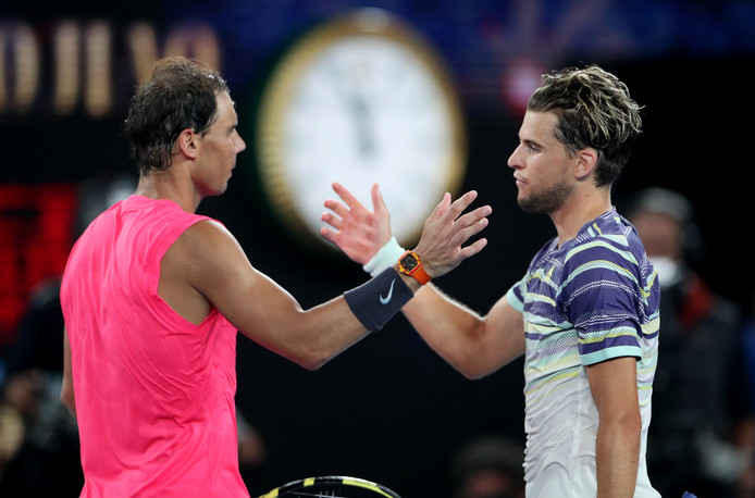 Rafael Nadal wordt in vijf sets verslagen door Dominic Thiem.