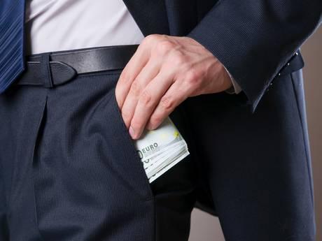 18 maanden cel voor Gemertse fraudeur Van der L.