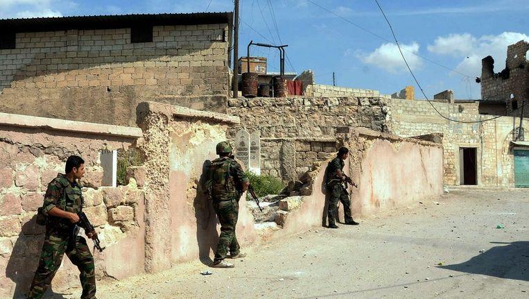 Soldaten van het Vrije Syrische leger in Aleppo. Beeld epa