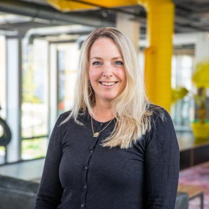 Annemieke Deering is werkzaam bij de DDA, de bracheorganisatie voor it-bedrijven. De it-experts helpen nu kleine ondernemingen en organisaties om tijdens de coronacrisis staande te blijven door online door te gaan.