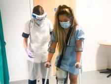 Verpleegster verliest been nadat ze fysieke klachten negeert om coronapatiënten te helpen