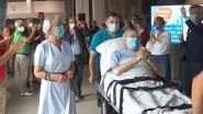 Na 100 dagen, waarvan 70 in coma, verlaat Rudy (71) het ziekenhuis