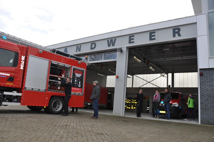 De Waspikse brandweer houdt voortaan iedere maad een inloop onder het motto: 'Op de koffie bij Brandweer Waspik'. Op die manier hoopt het korps versterking te vinden.