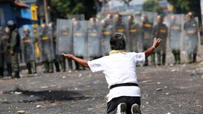 """60 deserteurs na dodelijke grensconflicten Venezuela: VS zullen actie ondernemen tegen """"uitschot van Maduro"""""""