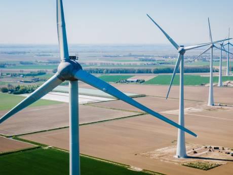 Statenlid Mirjam Nelisse (VVD) brengt bezoek aan Windpark Spui