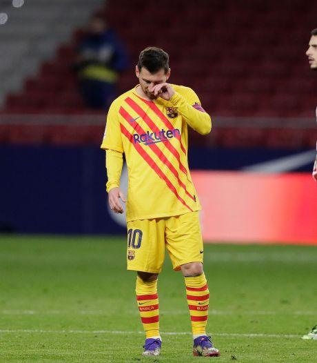 Opmerkelijke beelden van 'eenzame' Messi op training FC Barcelona