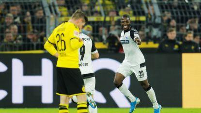 Dortmund ontsnapt tegen hekkensluiter Paderborn en haalt 0-3-achterstand op