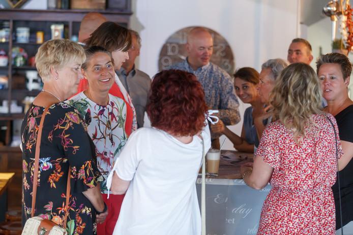 'Open Coffee' is iedere dinsdag om 8.30 uur aan Mon Plaisir 89.