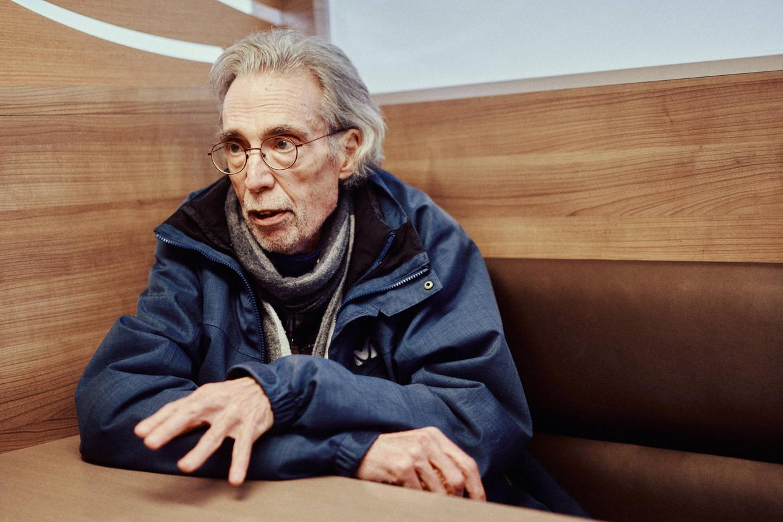 Réginald Moreels: 'Ik ben in Beni begonnen in een klein protestants centrum, waar ik opereerde in een slaapkamer. Nu werk ik in een algemeen ziekenhuis maar quel bordel, quoi.'
