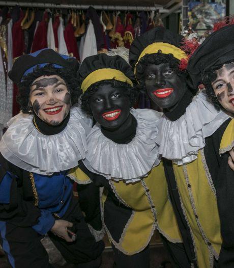 Kleur van pieten tijdens intocht Sinterklaas in Zutphen blijft geheim uit angst voor heisa
