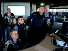 Binnenvaart open dag: verkeersleiders Rijkswaterstaat houden élk schip in het oog
