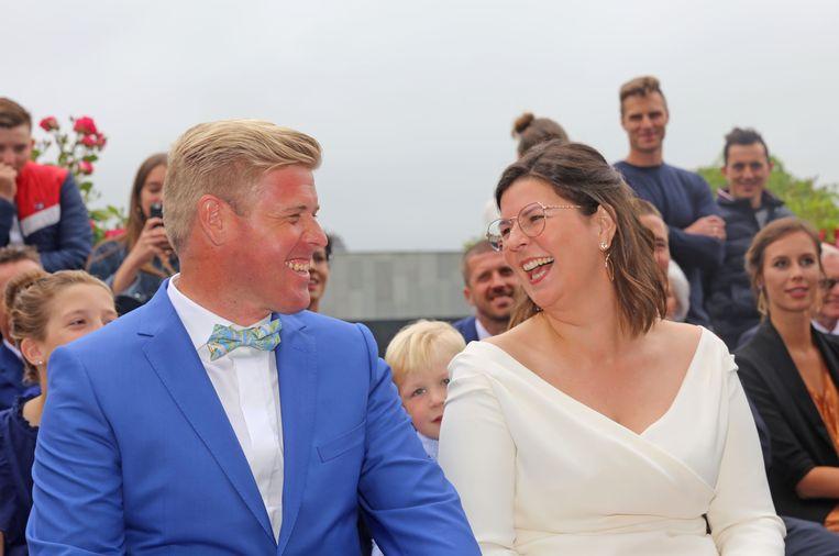Jimmy Vanderstraeten is voortaan de echtgenoot van Julie Asselman en de schoonzoon van Maggie De Block.