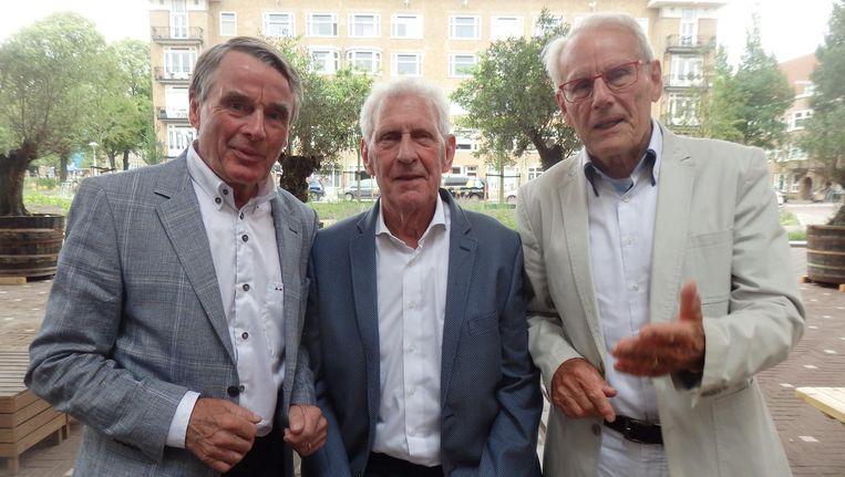 Wielerhistorie: Hennie Kuiper, Huub Zilverberg (laatst levende ploeggenoot in 1968) en Jan Janssen, Tourwinnaar en stijlicoon. Beeld Schuim