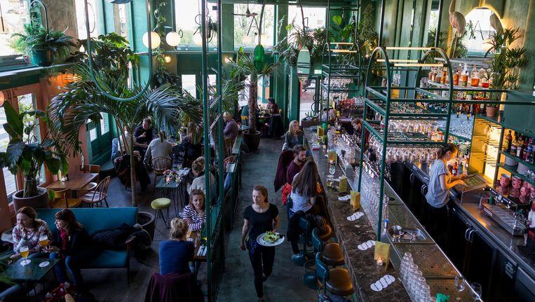 De hoofdgerechten zijn voor verbetering vatbaar. Maar verder is Bar Botanique een fijne zaak Beeld Rink Hof