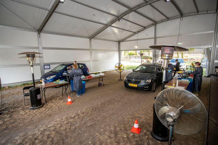 Corona teststraat in Eersel.