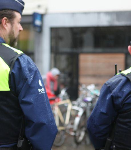 Twee jonge dealers op heterdaad betrapt