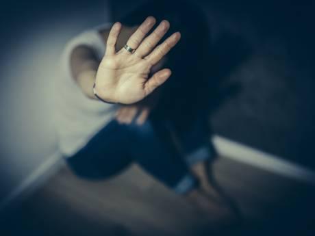 Getuige in Zeeuws-Vlaamse zedenzaak: 'Vrouw kon veel geld verdienen aan misbruik dochters'