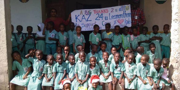 De lesmarathon van KAZ leverde maar liefst 2.650 euro op voor de Seidemann Nursery School in Gambia.