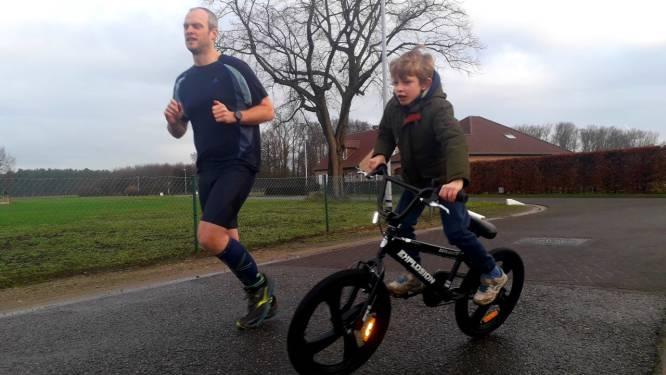 """Yannick loopt dagelijks evenveel kilometer dan de dagen die januari telt: """"Wat begon met een testloopje op nieuwjaarsdag is een straffe uitdaging geworden"""""""