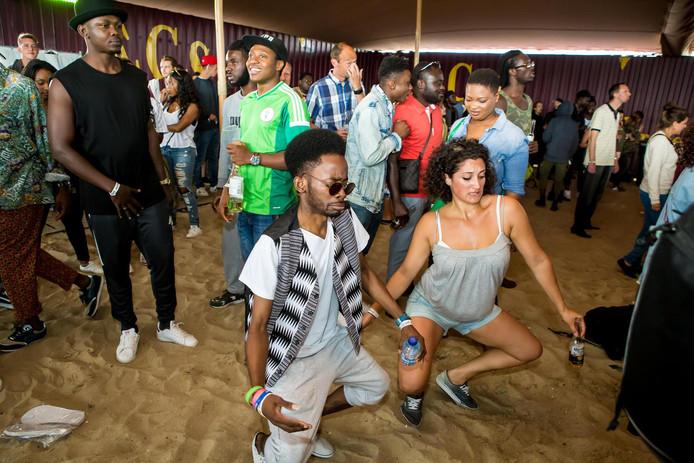 Dansen en shaken op het Bomboclatfestival.