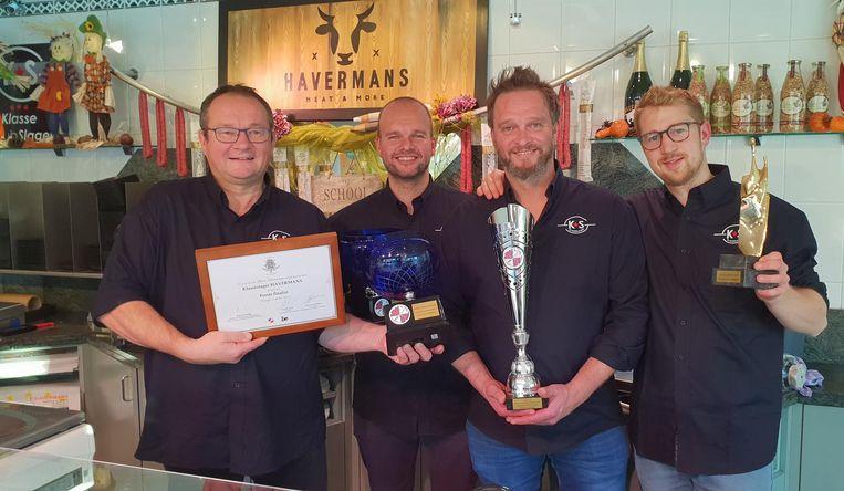 V.l.n.r: Eric, Steven, Cor en Dennis van slagerij Havermans, de beste charcuteriemakers van België.