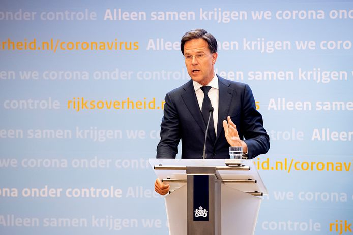 Minister-president Mark Rutte tijdens een persconferentie over de coronacrisis.