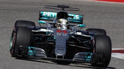 Wel zege, nog geen wereldtitel voor Hamilton in GP Verenigde Staten