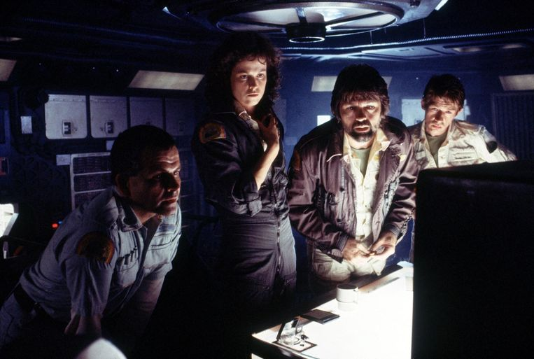 Ian Holm, Sigourney Weaver,  Tom Skerritt en John Hurt in Alien (1979)  Beeld rechtenvrij