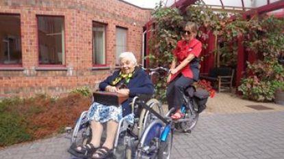 Woonzorgcentrum ontleent rolstoelfiets in augustus