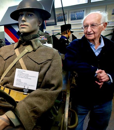 Martin (91) geeft nog rondleidingen in zijn oorlogsmuseum: 'Ik kan uren vertellen'