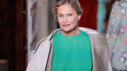 75-jarig icoon sluit de modeshow van Valentino af