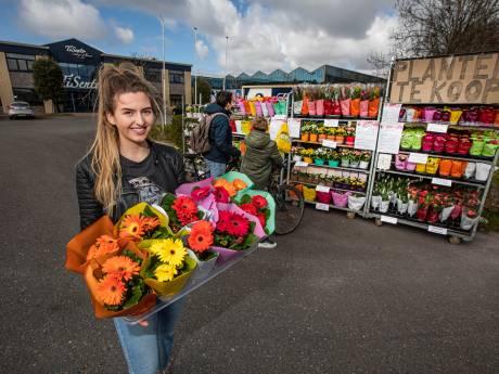 Bloemiste maakt foto van plantendief en krijgt zo toch haar geld