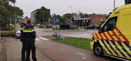Fietsster valt door botsing met auto, slachtoffer met schrik vrij in Tiel