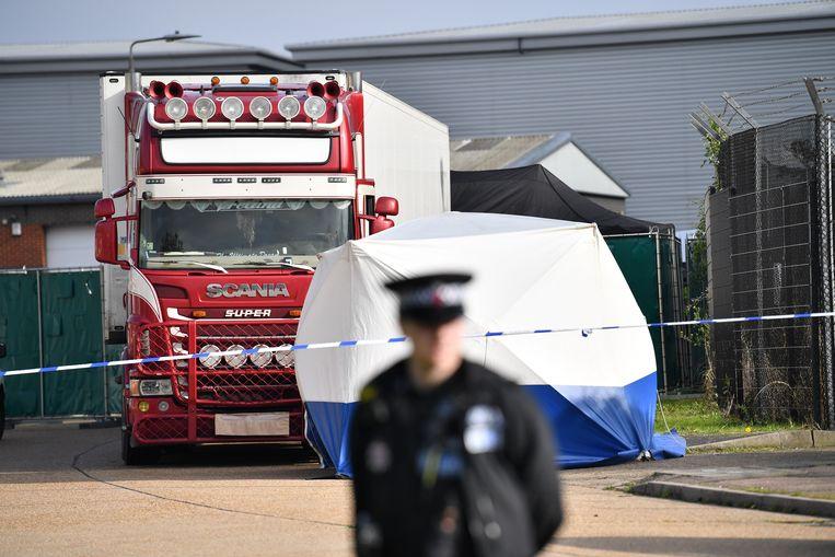 De koelwagen in Essex waar 39 dode migranten werden aangetroffen. Beeld AFP