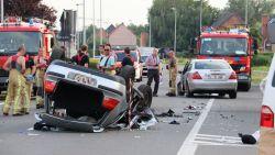 Inhaalmanoeuvre loopt dramatisch af in Schoonaarde: jonge bestuurder (19) overleden