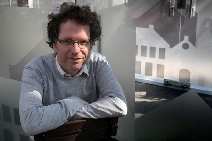 Piet Menu, artistiek leider van Het Zuidelijk Toneel