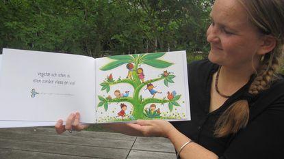 Daphné-Charlotte (42) studeert af met vegetarisch prentenboek