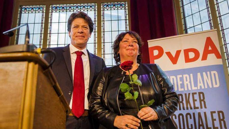 PvdA-lijsttrekker voor het Europees Parlement Paul Tang (links) en nummer Agnes Jongerius. Beeld anp