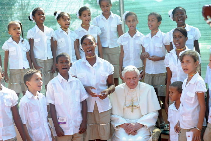 Paus Benedictus in 2012, toen hij nog in functie was, bij een bezoek aan Cuba.